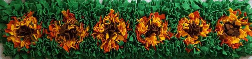 Schnüffelteppich Gross für Hunde mit Blumen