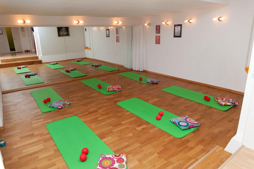 Trainingsraum - Pilates-Studio-Erika - Erika Nussbaumer - zertifizierte Pilateslehrerin -  CH 3054 Schüpfen