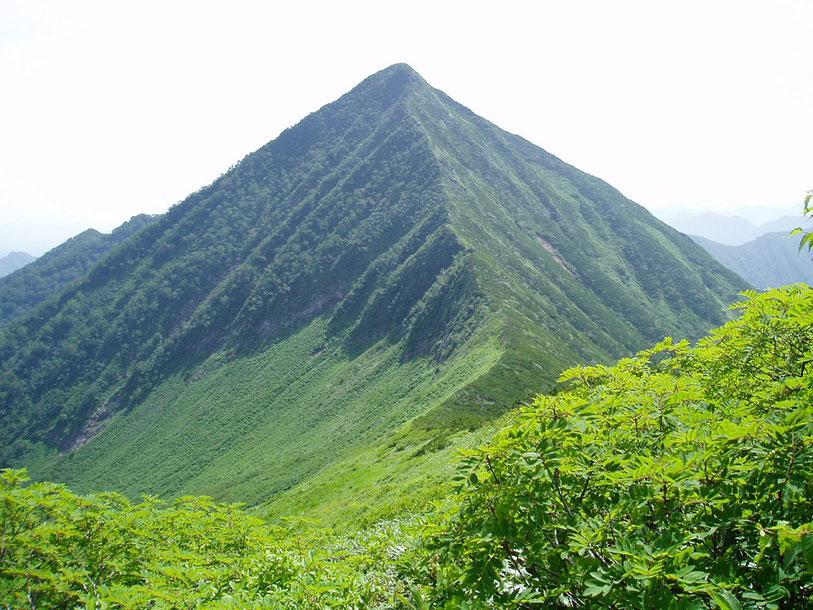 ピラミッド峰