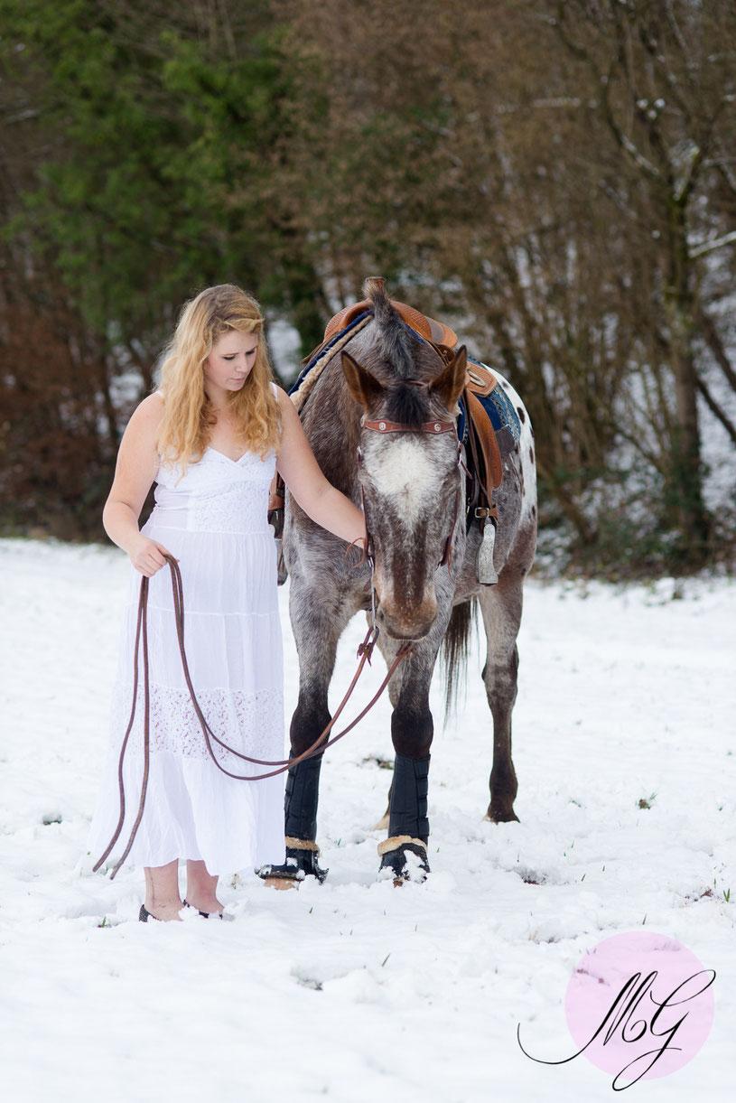 Schneeshooting, Bad Kreuznach, Jasmin Baldauf, Fotograf, Portrait, Tierfotos