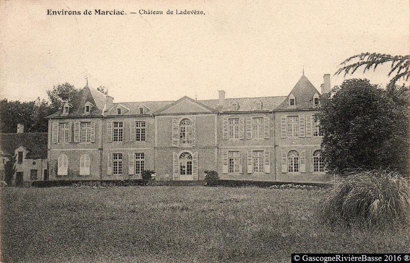 Château de Tursan d'Espagnet Ladevèze-Ville Bas de Saint-Pierre