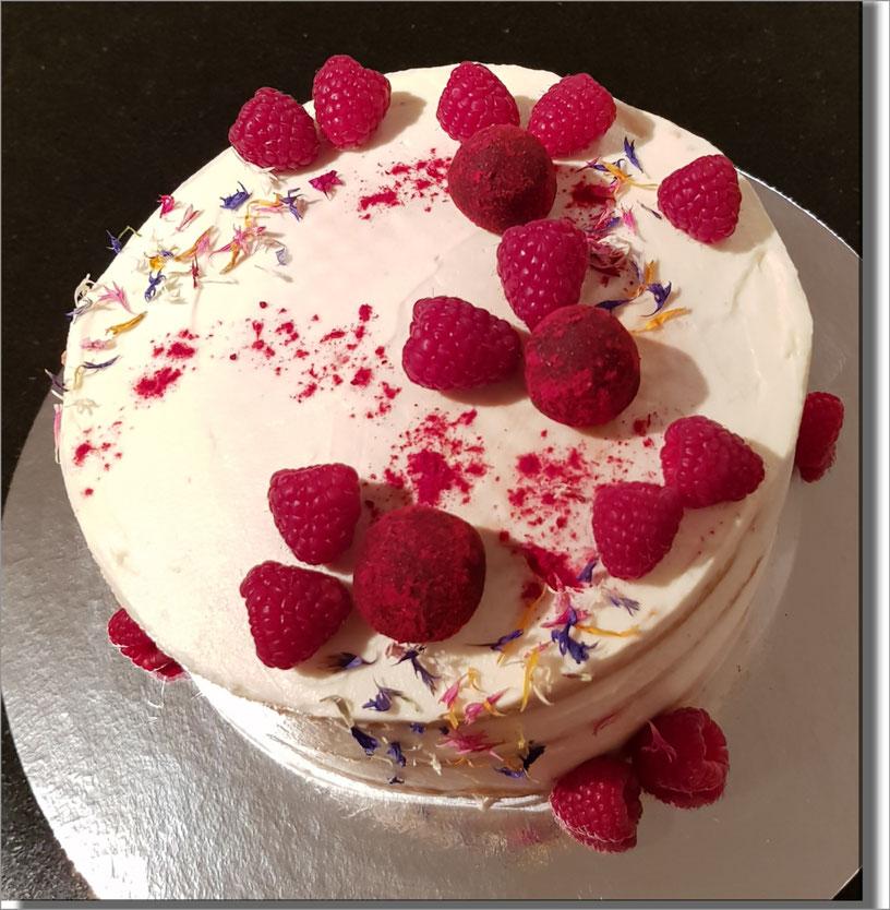 Leckere Torte Mit Frischen Früchten Zuckersuess