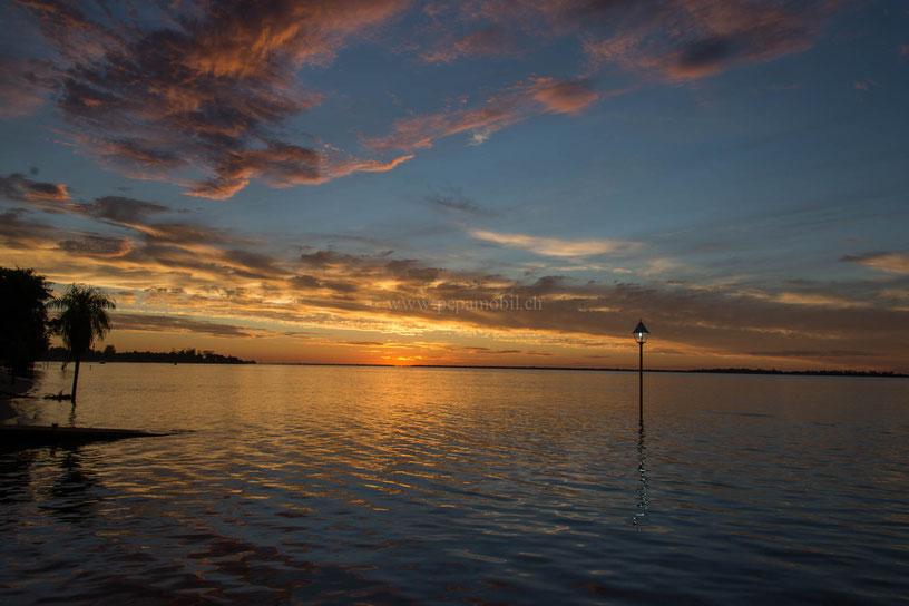 Sonnenuntergang in der Marina Hueso Cue