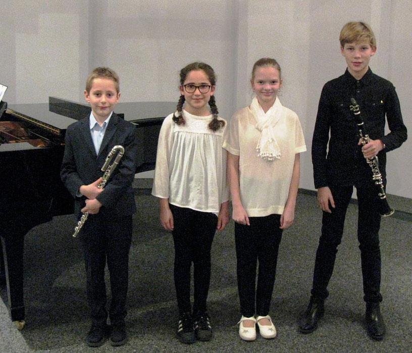 """Erfolgreich bei """"Jugend musiziert"""": Julian Jaquet (von links), Ece Yildirim, Alina Steiger und Leander Jovan Birgel. FOTO: Gerda Mercks"""