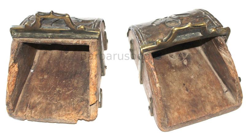 Steigbügel aus Südamerika bestehend aus Holz und Bronze Neuzeit Reiter Rüstzeug
