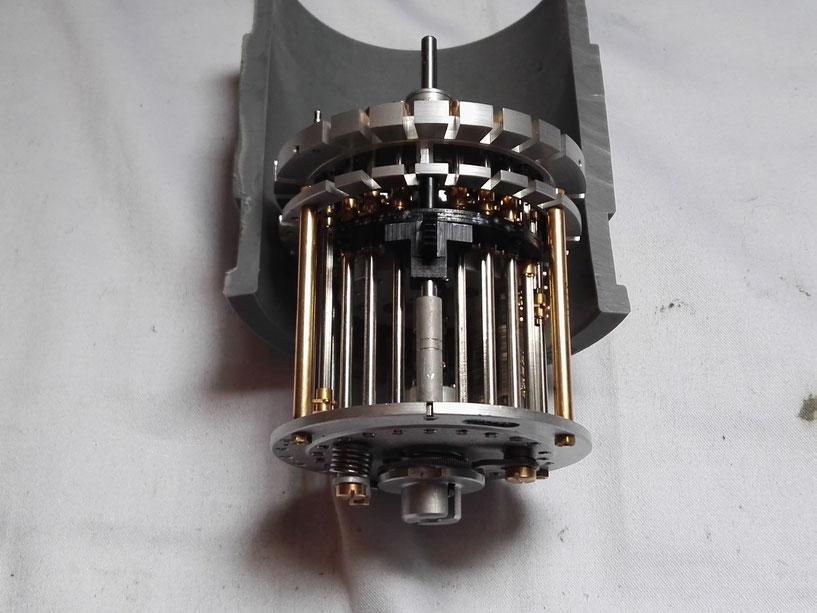 Présentation du mécanisme d'inversion de compteur de tours posé