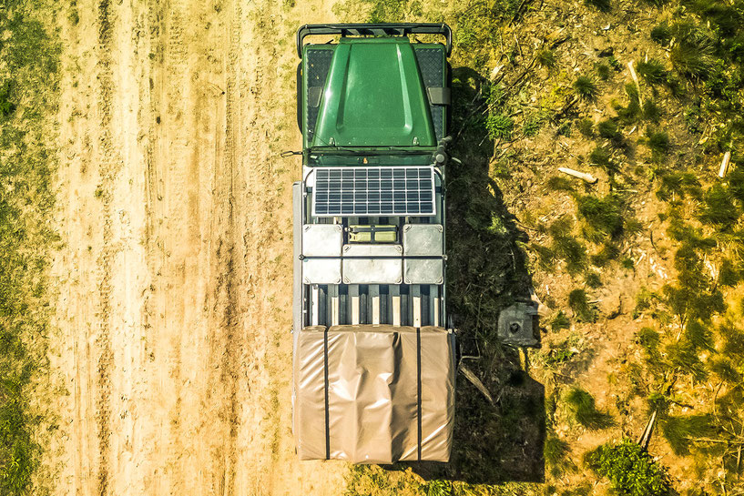 Top view of the roof rack on our overland Defender 110 camper