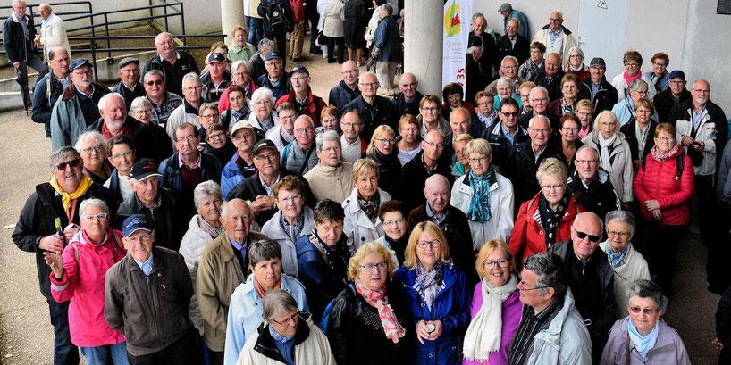 Photo de groupe des participants du secteur à la Fête de l'Amitié