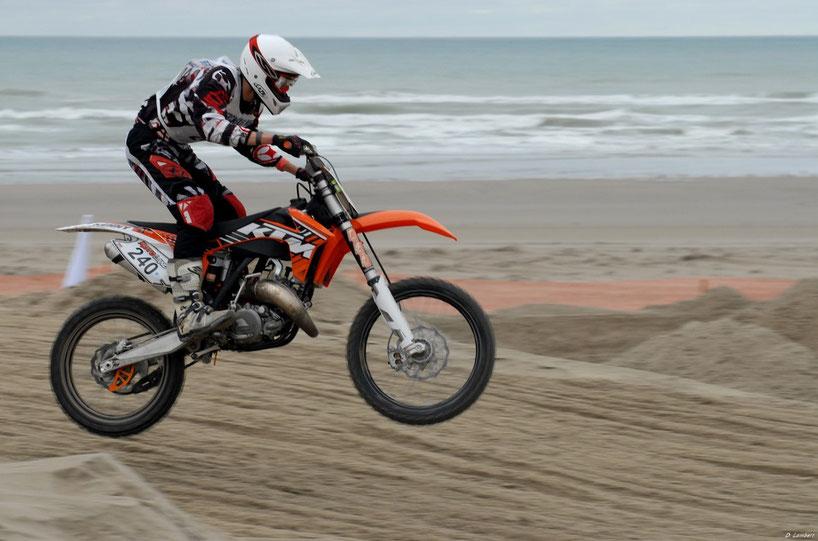 Moto 2012_004AE x30