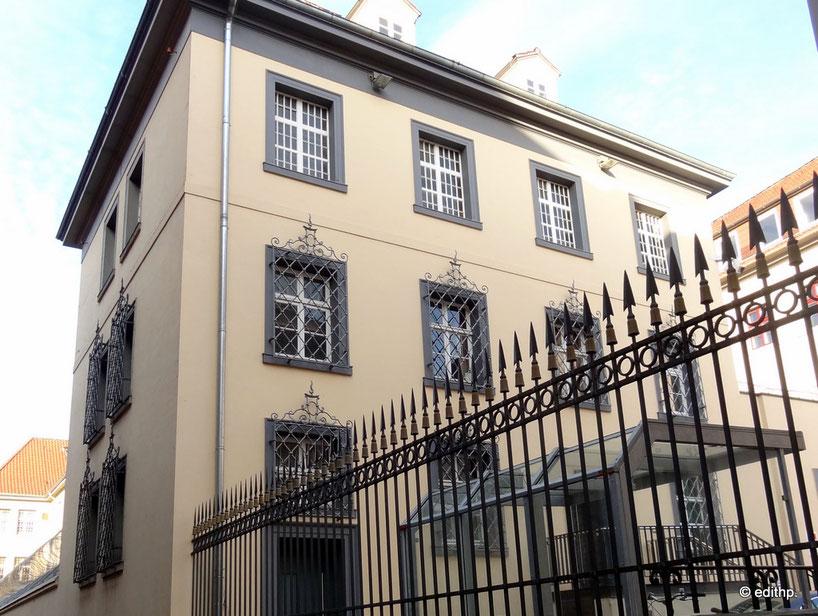 Untersuchungs-Gefängnis