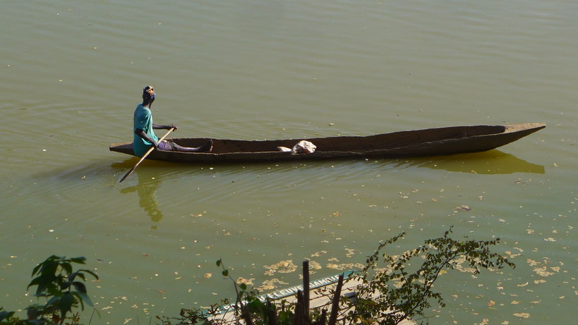 Am Gambia River