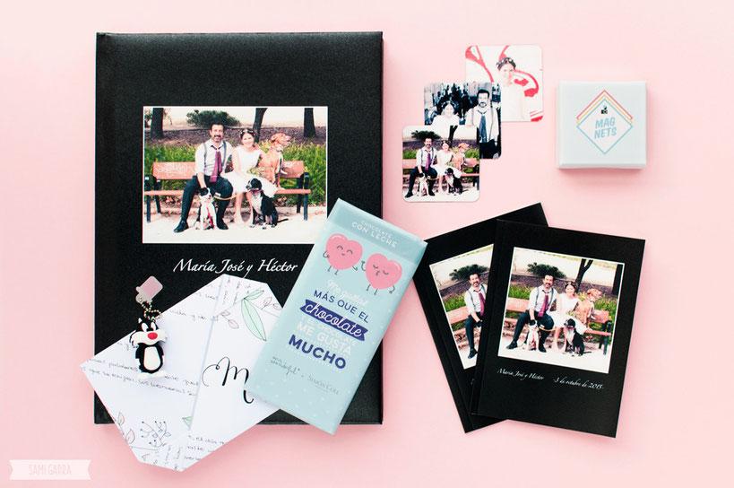 Este es nuestro regalo: el álbum de la boda y algunos detallitos extras.