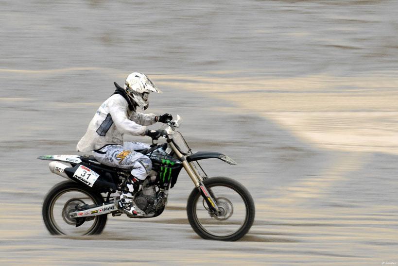 Moto 2012_002AE x30