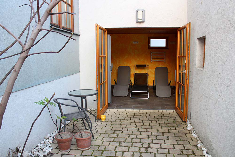 RIVERsideHOME, Bruckneudorf; guesthouse with nature garden; near Vienna, Bratislava und McAthurGlenn Outlet, Room; Spa