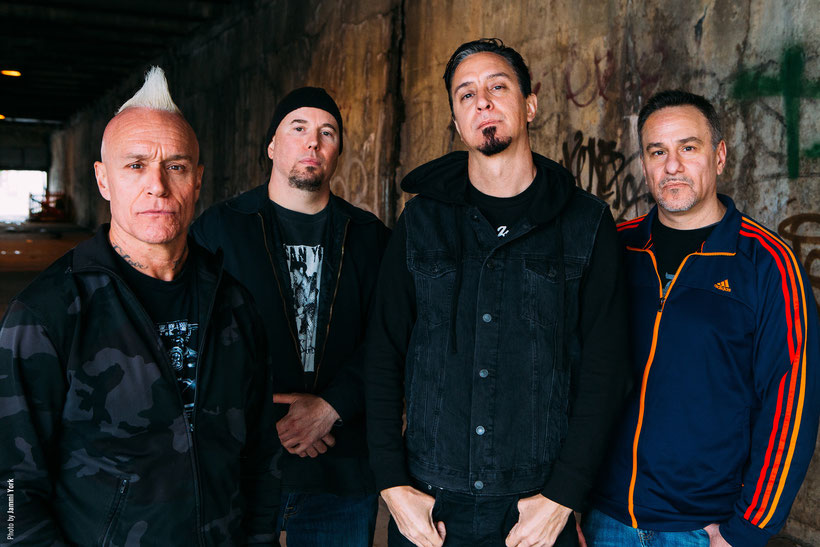 SICK OF IT ALL,  Video, Bull's Anthem, rockers and other animals, century media