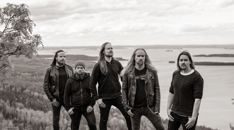 INSOMNIUM perform special HEART LIKE A GRAVE live stream show, rockers and other animals