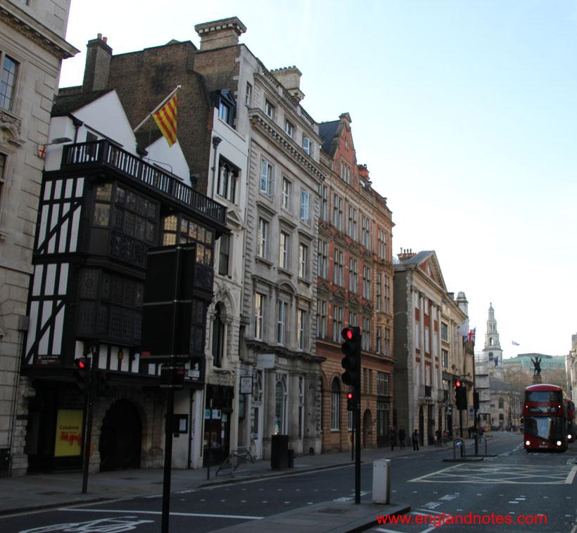 Die Fleet Street in London und die wichtigsten britischen Tageszeitungen, Sehenswürdigkeiten in der Fleet Street.