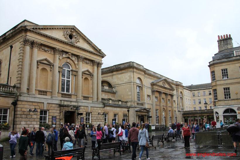 Die 10 besten Tagesausflüge ab London: Bath