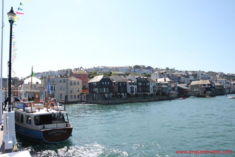 Die 10 schönsten Küstenorte in Südengland: Blick auf Falmouth vom Prince of Wales Pier, Falmouth, Cornwall, England