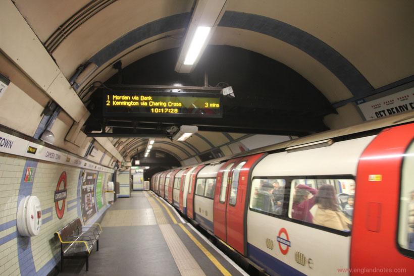 Die wichtigsten Reiseinformationen für London: Tageskarten und Oyster Card für U-Bahn, Busse und DLR in London