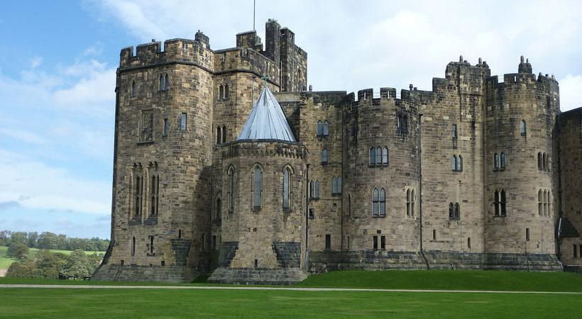 Die 10 schönsten Schlösser und Burgen in England: Alnwick Castle, England