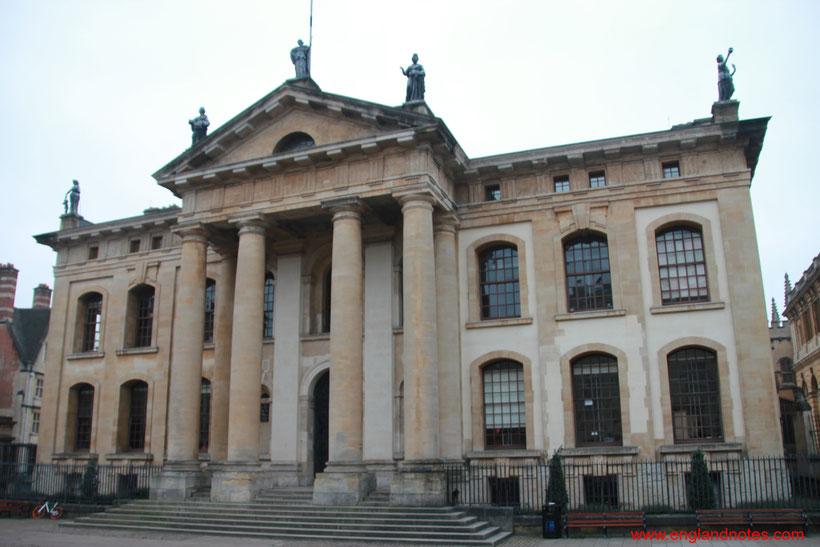 Sehenswürdigkeiten und Reisetipps Oxford: Clarendon Building
