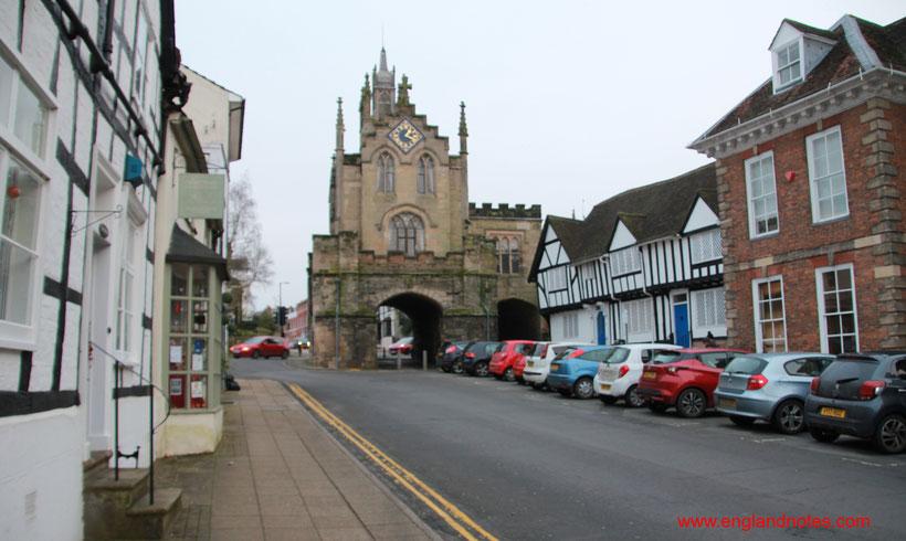 Sehenswürdigkeiten und Reisetipps für Warwick und Warwick Castle: Übernachtungen und Anreise nach Warwick