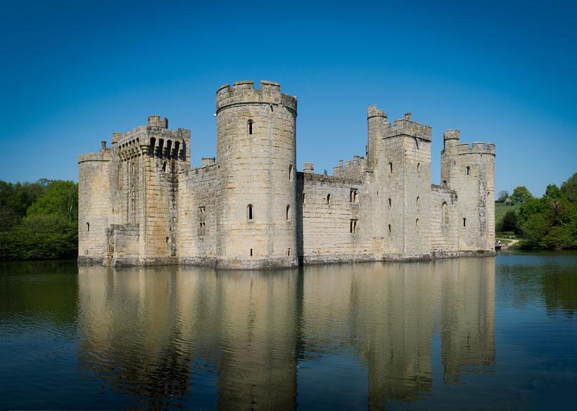 Die 10 schönsten Schlösser und Burgen in England: Bodiam Castle, England