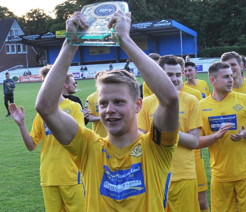 Im Sommer feierte Germania die Meisterschaft in der Bezirksliga - und überzeugte nach dem Aufstieg mit dem jüngsten Kader auch in der Landesliga.