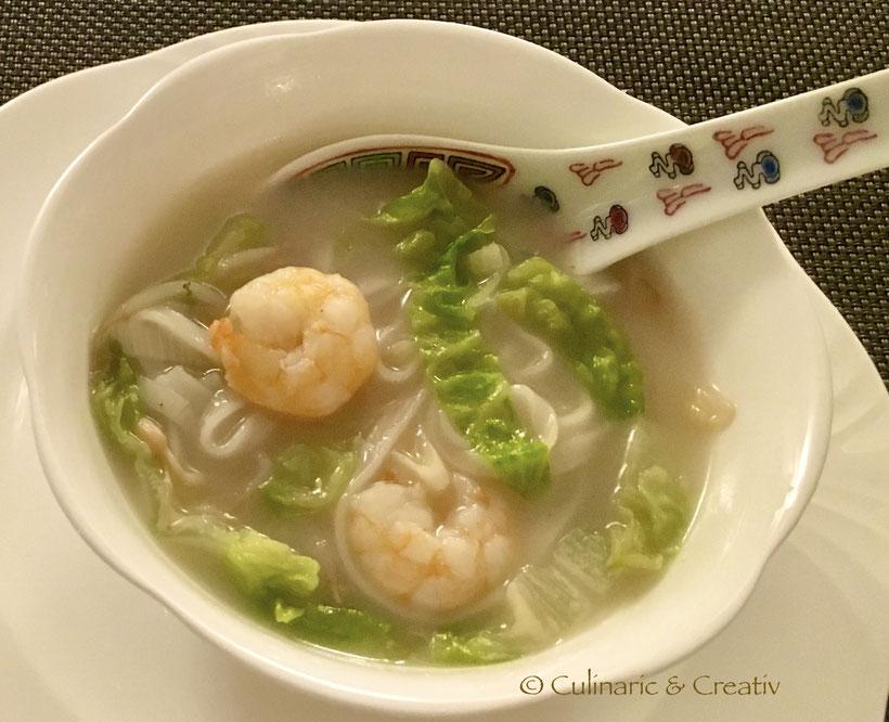 Garnelen-Reisnudel-Suppe