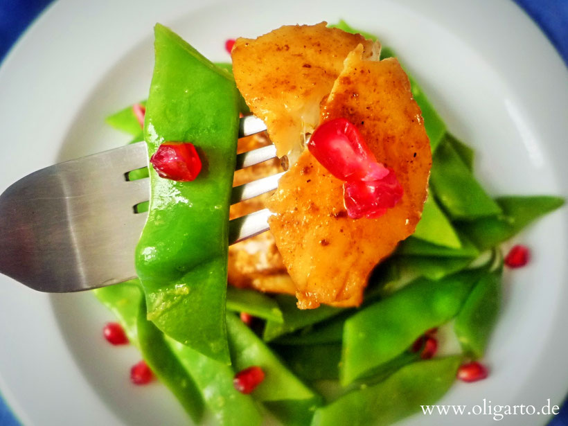 Codfish, green Beans and Pomegranate. Blogzine Oligarto
