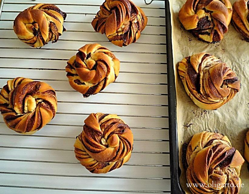 Food Pastry Cinnamom Oligarto Blogzine