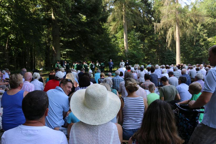 """Vielleicht kann 2021 wieder einmal eine Waldmesse beim """"Schneckenhaus"""" veranstaltetet werden"""