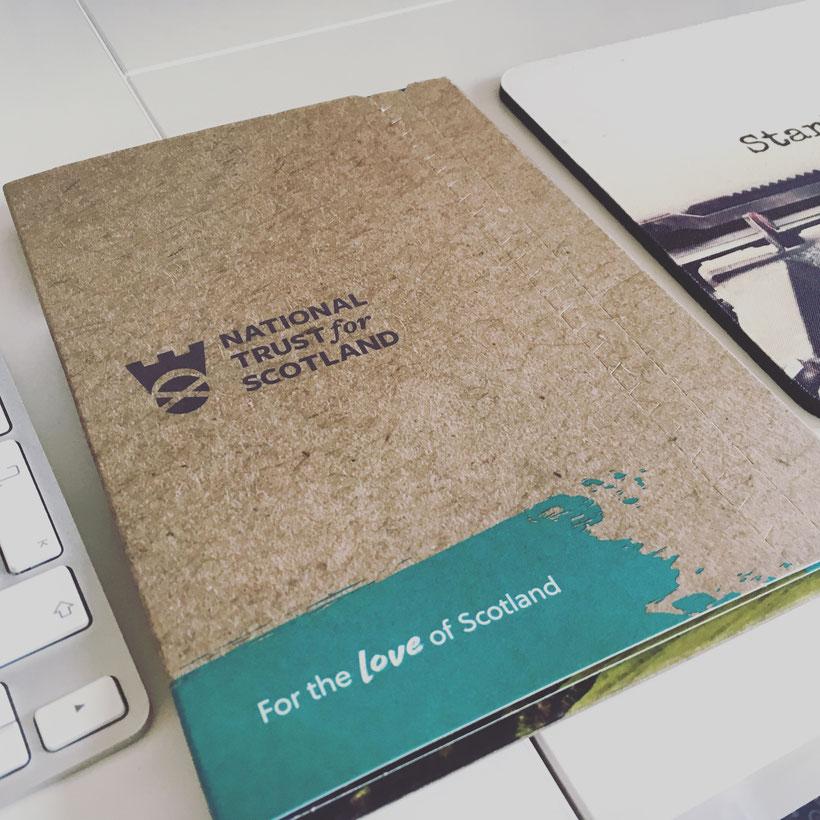 Heute kam auch ein Päckchen vom National Trust of Scotland.