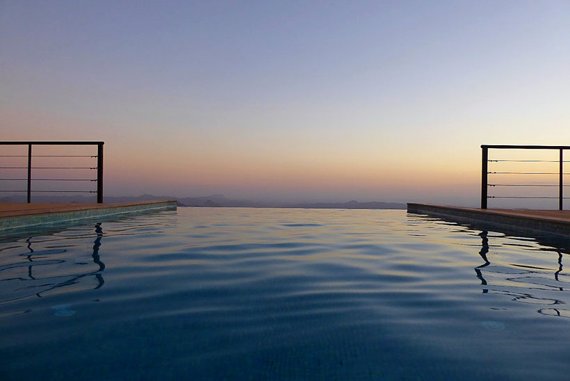 The View Oman, Infinity Pool