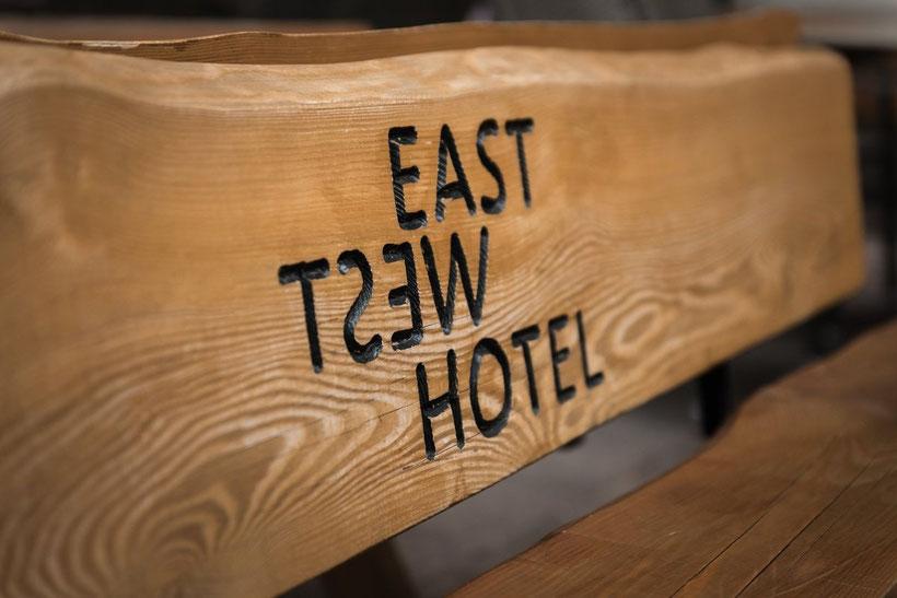 Unser bekannten Holzbänke in Basel