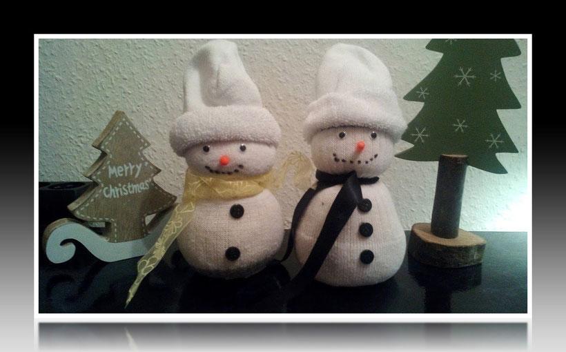 Dekoration basteln Schneemann für Geburtstag und Weihnachten. Deko leicht und einfach DIY Geburtstagsdeko Bastelideen für die Wohnung. Anleitung für einen Schneemann. Tolles Motiv selber basteln.Basteln mit Kindern.