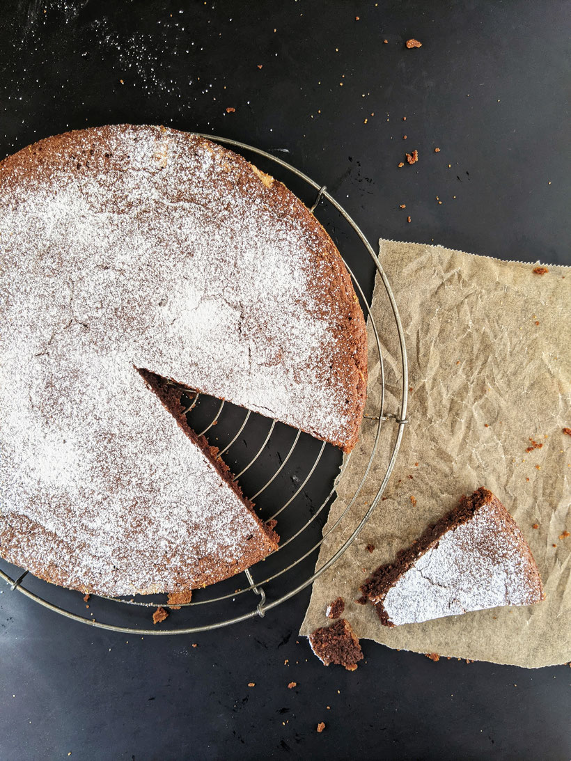 die Essklasse der alten Dorfschule - Torta Caprese - Schokoladenkuchen von der Insel Capri