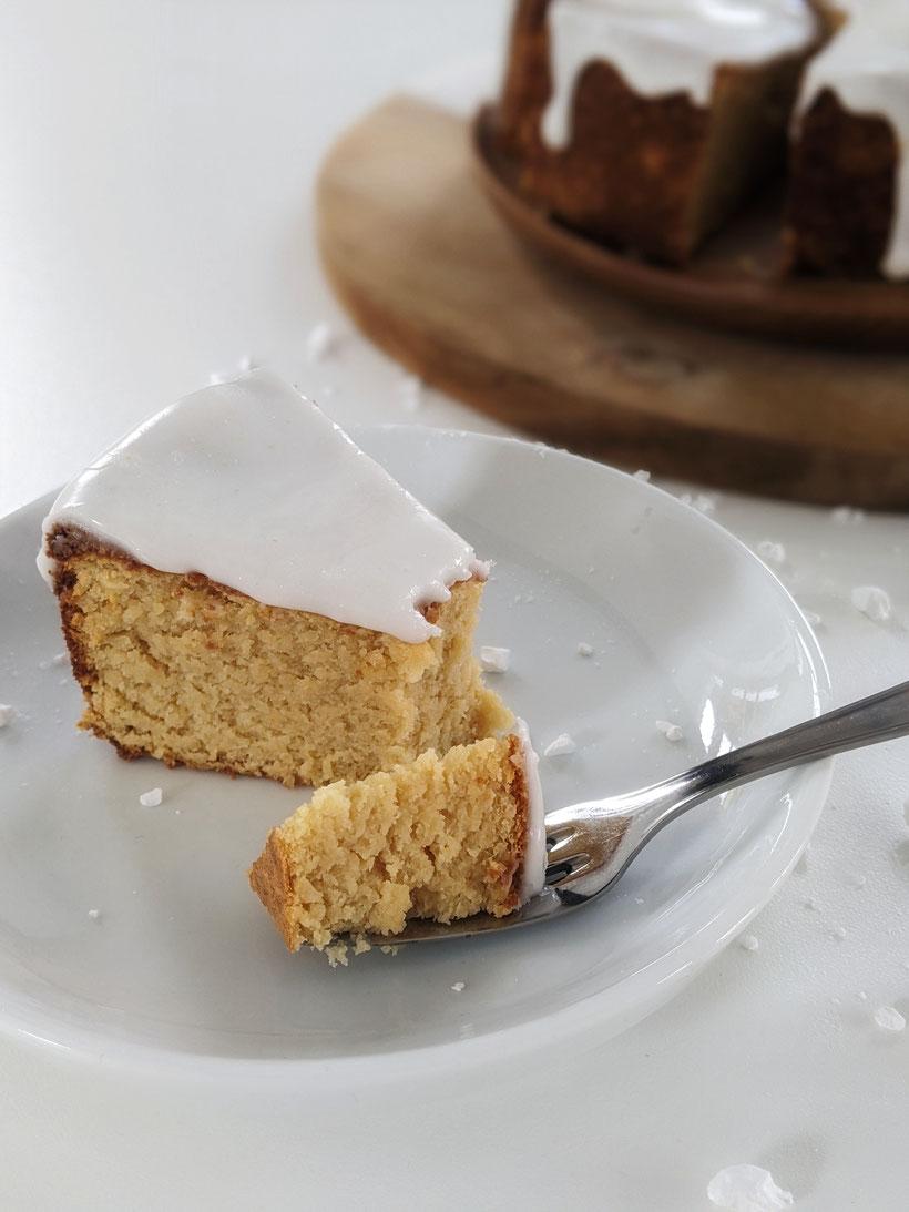 die Essklasse der alten Dorfschule - Zitronenkuchen - bolo de limone