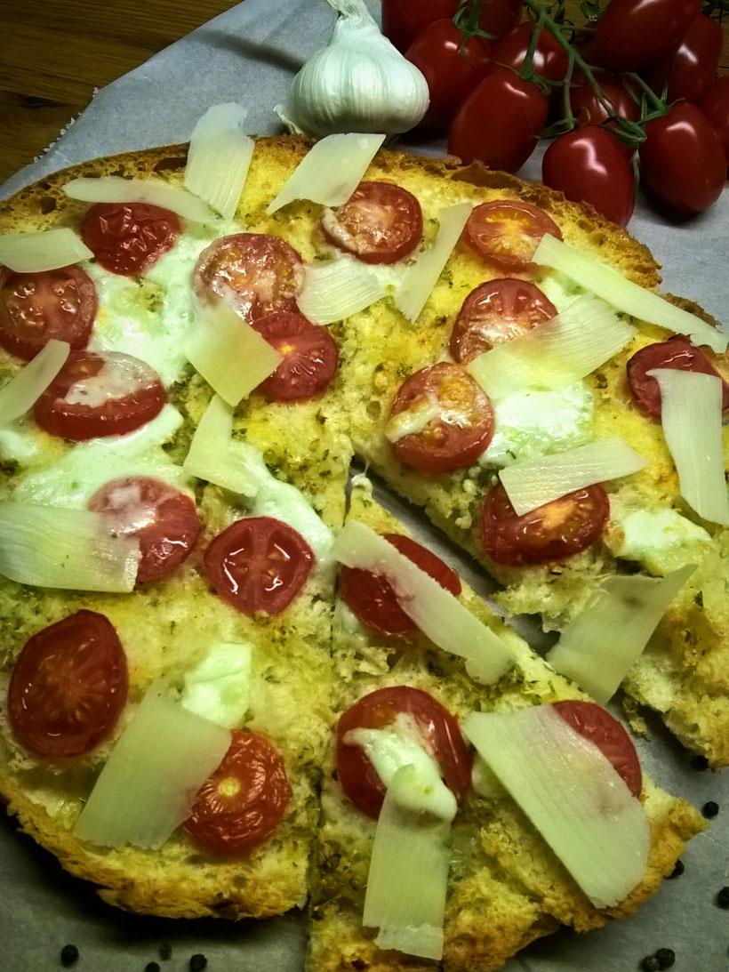Einfach! Küche! FladenbrotPizza