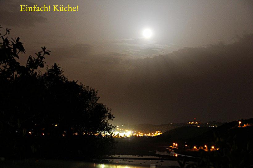 Einfach! Küche! Wohin geht die Reise Teil 2. Super blue moon über Silves Portugal
