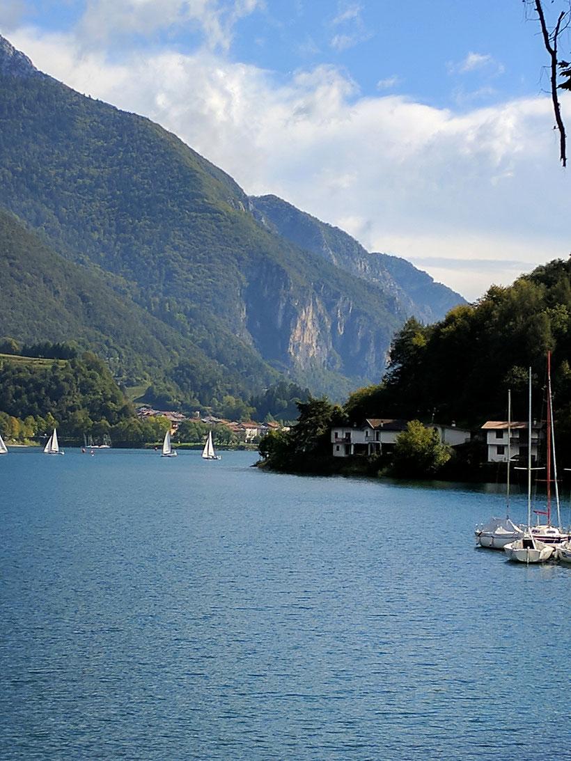 Segelboote auf dem Lago di Ledro
