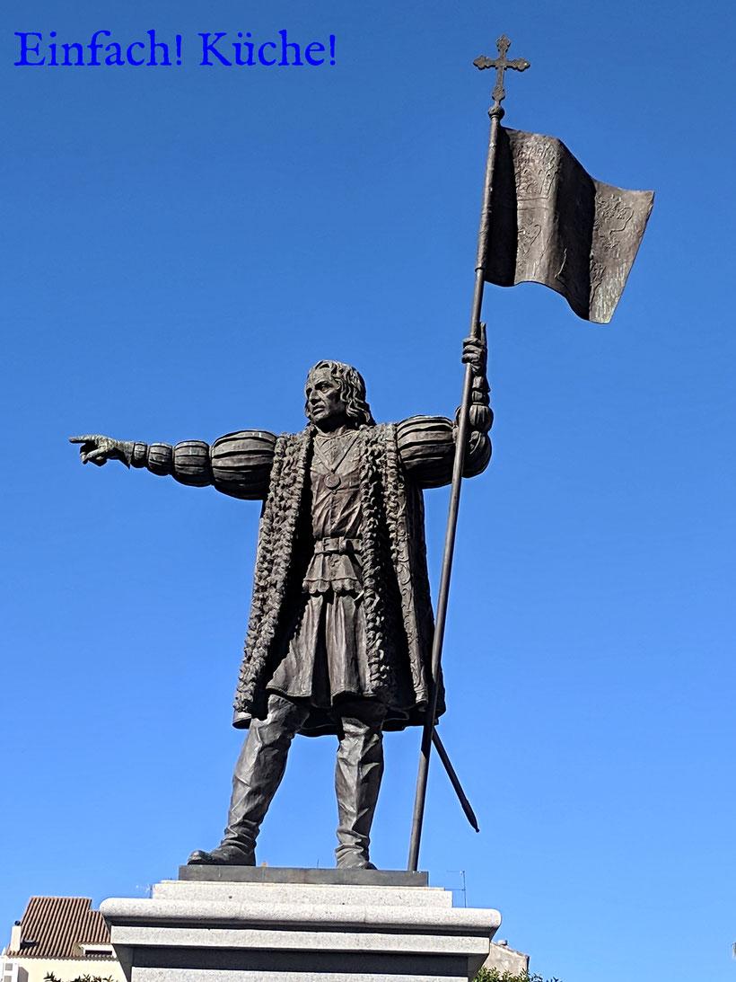 Die Statue Cristóbal Colón in Huelva, Andalusien, Spanien