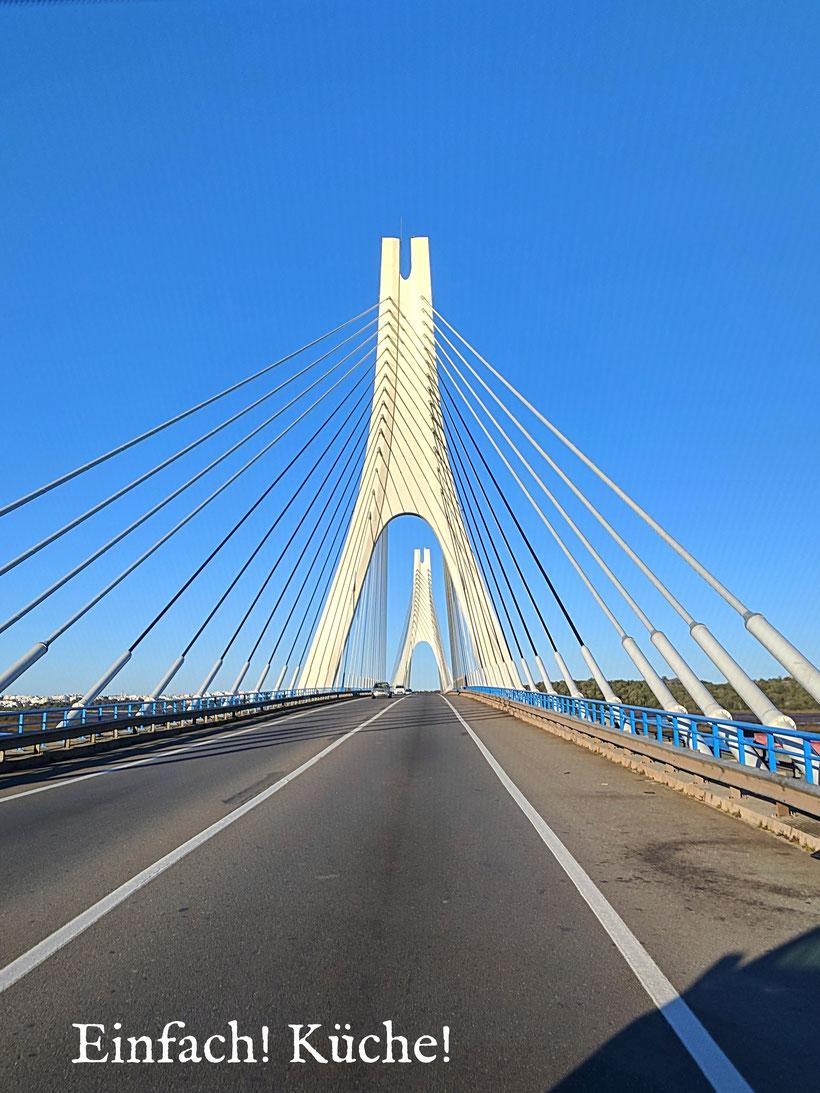 Einfach! Küche! Wohin geht die Reise Teil 2. Brücke nach Portimao Portugal