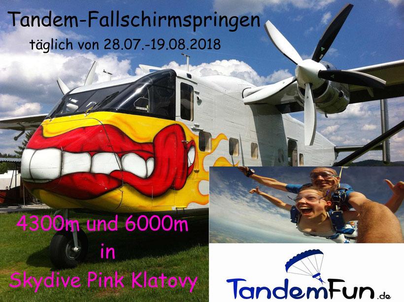 Fallschirmspringen Tandemsprung Bayern Klatovy mit Tandemfun. Fallschirmsprung Bayerischer Wald.