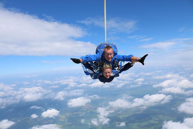 Fallschirmsprung Bayern mit Edi Engl aus der Oberpfalz