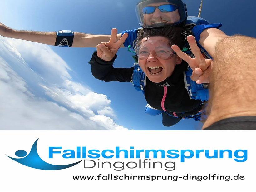 Fallschirmspringen München mit Tandemfun - Edi Engl - Tandemsprung Dingolfing Geschenk Gutschein