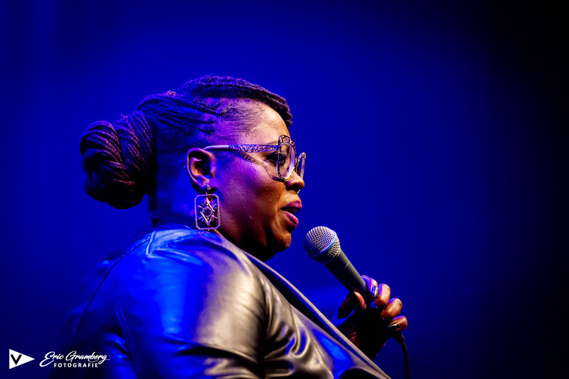 12-10-2019 Victorie - Shirma Rouse plays Aretha Franklin