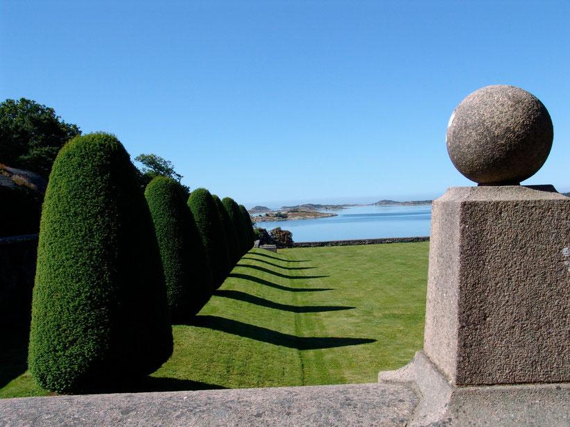 Ein Schlossgarten an der Schärenküste