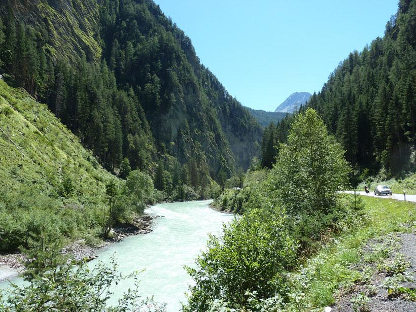Ein Stück durch die Schweiz zum Reschenpass
